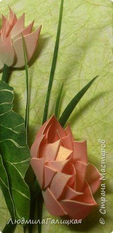 И снова- удивительный  цветок  лотоса! Наступила  осень, дни стали короче, солнышка  все  меньше. И вот в такие ненастные дни и   родился этот волшебный LED- светильник, дарящий мудрость и позволяющий взглянуть  вглубь  себя.  фото 3