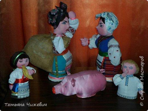 Очень люблю юмористические рассказы про бабу Параску и бабу Палажку.Поэтому решила воспеть их образы в куклах))))) фото 1