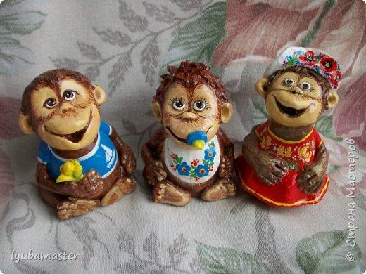 Здравствуйте дорогие мастера! У меня пополнение обезьянок. Краски акриловые. Размер-6-7 см.0 фото 2