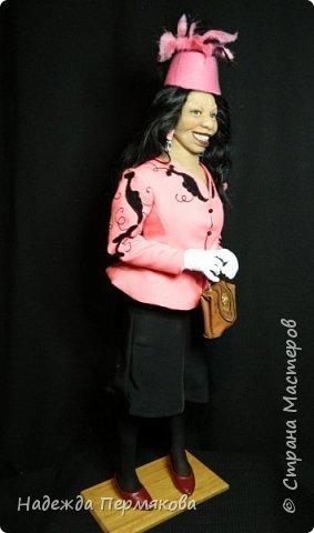 """Текстильная куколка """"Вупи"""" персонаж фильма """"Призрак"""" (очень люблю этот фильм) размер 70 см. Наполнитель синтепон, проволочный каркас, колготочный материал, волосы натуральные. фото 2"""