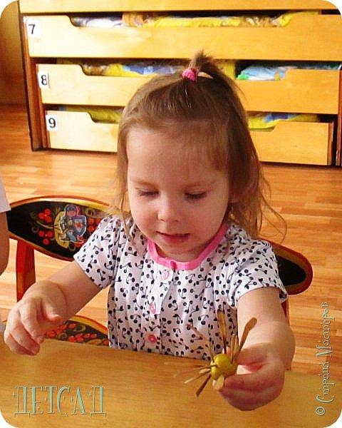 Вот такие ромашки получились у моих дошколят ...жалко, что под рукой не было РОМАШКОВОГО СЕРДЕЧКА... фото 8