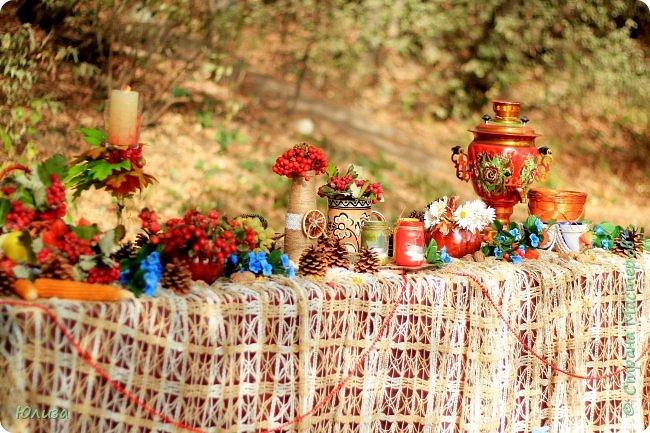 Осенние поделки для домашнего декора и фотосессии. Украшайте свою осень!И не важно какая за окном погода,небольшая ваза сделанная своими руками,или яркие осенние подсвечники наполнят теплом и уютом ваш дом!  Осень не время для грусти! Осень пора для идей! Осень нам дарит подарки, Радуя близких, друзей!  Мне же дает вдохновение… С радостью что то творю! И вам скажу без сомненья- Осень за это люблю!!! Юля   Фотографии Натальи Чередниченко  фото 5