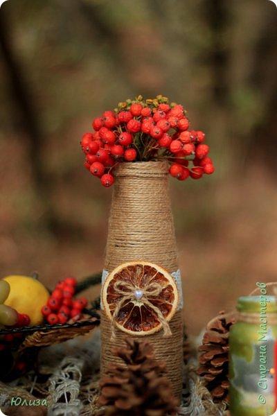 Осенние поделки для домашнего декора и фотосессии. Украшайте свою осень!И не важно какая за окном погода,небольшая ваза сделанная своими руками,или яркие осенние подсвечники наполнят теплом и уютом ваш дом!  Осень не время для грусти! Осень пора для идей! Осень нам дарит подарки, Радуя близких, друзей!  Мне же дает вдохновение… С радостью что то творю! И вам скажу без сомненья- Осень за это люблю!!! Юля   Фотографии Натальи Чередниченко  фото 3