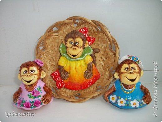 """Здравствуйте дорогие мастера. Снова я к вам с обезьянками.....Новый год впереди, вот и леплю.  Размеры  7-8 см. Краски- акрил, акварель.Лак аэрозольный """"ВOSNY"""". фото 6"""
