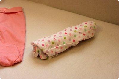 Мастер-класс Упаковка День рождения Моделирование конструирование Подарок новорожденной Улитка из детской одежды фото 6