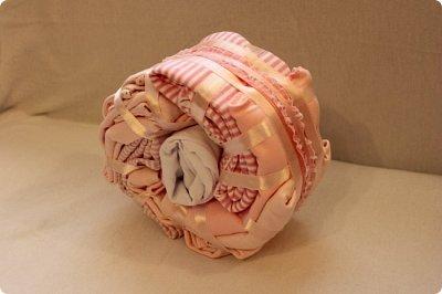 Мастер-класс Упаковка День рождения Моделирование конструирование Подарок новорожденной Улитка из детской одежды фото 8