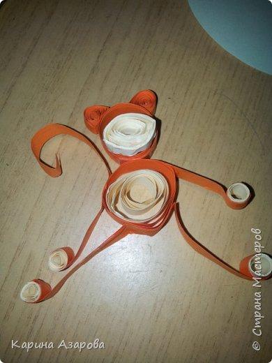Здравствуйте! Сегодня я покажу вам как сделать обезьяну.  Нам нужно: Полоски для квиллинга  Ножницы Клей фото 12