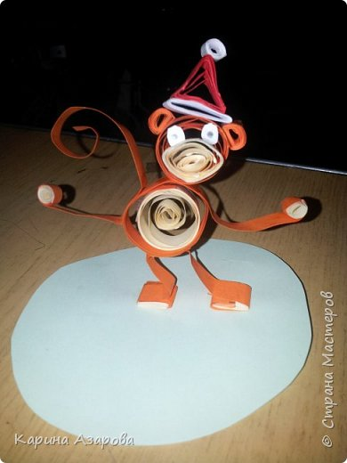 Здравствуйте! Сегодня я покажу вам как сделать обезьяну.  Нам нужно: Полоски для квиллинга  Ножницы Клей фото 14
