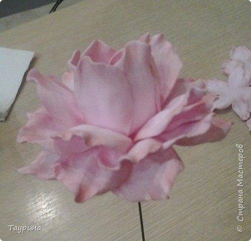 Мастер-класс Свит-дизайн Моделирование конструирование Очень подробный МК цветка из фома для свит-дизайна и не только Фоамиран фом фото 19