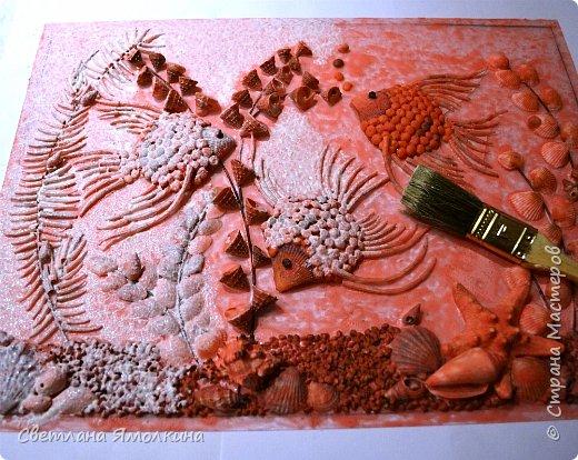 Картина панно рисунок Мастер-класс Ассамбляж Мастер-класс Панно Скалярии  Гуашь Клей Краска Крупа Проволока Ракушки фото 24