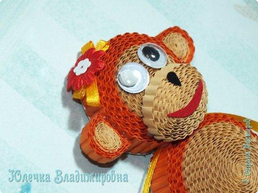 Новый год к нам мчится! Знакомьтесь, хозяйка наступающего года - Озорница-обезьянка! Предлагаю мастер-класс для начинающих и желающих попробовать себя в работе с интересной техникой - гофроквиллинг. фото 32