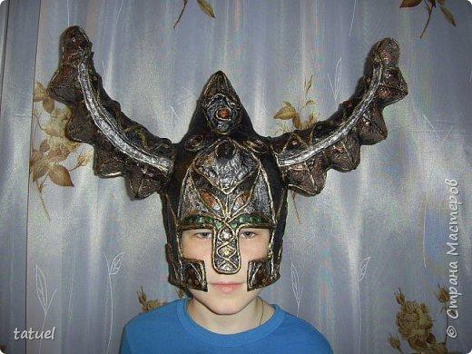 Всем доброго времени суток! Внучата попросили сделать шлемы.  Никогда ничего подобного не делала.  Поэтому это первый опыт в производстве шлемов . Все думала и планировала сам процесс создания.  Но нет ничего не возможного, оказывается! фото 9