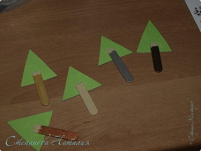 Мастер-класс Поделка изделие Новый год Моделирование конструирование Ёлки-магнитики МК Бусины Клей Ленты Магниты фото 4