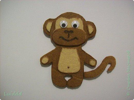 Доброго времени суток, жители страны мастеров! Уже какую неделю наблюдаю нашествие хвостатых обезьян на нашем сайте и вот теперь хочу предложить свой вариант обезьянки- магнита. Мне надо было придумать простой и быстрый вариант изготовления, чтобы могли справиться дети. фото 6