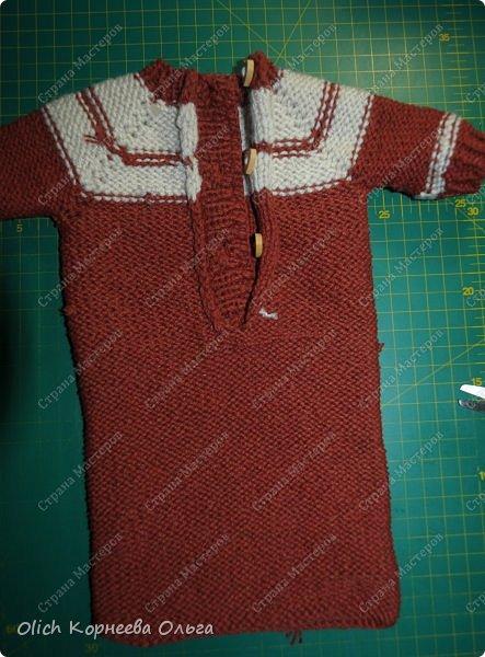 Доброго времени суток! А давайте порадуем наших дочурок и их любимых куколок, свяжем им теплый комплект на зиму: конверт, шапочку и рукавички. Я вчера закончила эту работу и вечером пошел снег - это знак :) фото 36