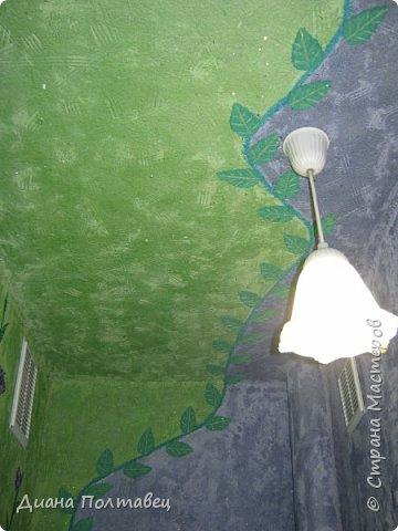 Решили мы с мамулей сделать в туалете ремонт. А именно жидкие обои. В качестве эксперимента придумали сделать обои из туалетной бумаги, а так же алибастра, строительного клея ПВА, воды и колера. фото 18