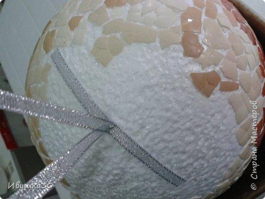 Декор предметов Мастер-класс Новый год Декупаж Кракелюр Новогодний шар Гуашь Клей Ленты Пенопласт Скорлупа яичная фото 5