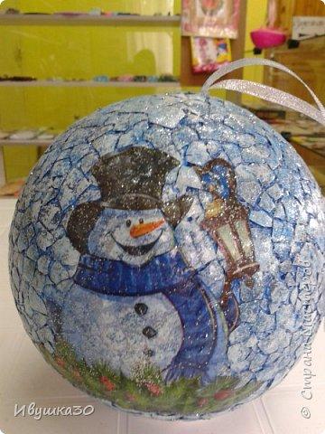 Декор предметов Мастер-класс Новый год Декупаж Кракелюр Новогодний шар Гуашь Клей Ленты Пенопласт Скорлупа яичная фото 13