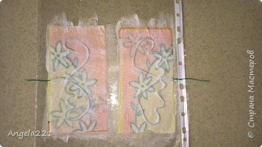 Эти лапушки появились благодаря Татьяне Бушмановой https://stranamasterov.ru/node/346342. Мне понравилась идея, которая у меня приняла вот такие формы. Лица ангелов (для гладкости) покрыты тонким слоем массы (глины)  JOVI. Всё остальное вылеплено из массы папье-маше.  фото 7