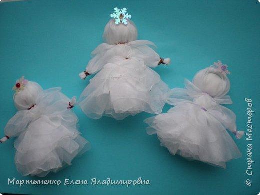 Мастер-класс Оберег Новый год Шитьё Куколка-снежинка из органзы Нитки Ткань фото 1