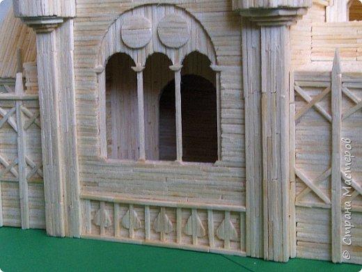 Грузинская церковь -  Дманисский Сиони (VI-VII в.), собор в честь Успения Пресвятой Богородицы на территории древнего городища Дманиси близ с. Патара-Дманиси.  Размер постройки впечатляет: 23х11,5 м. Здесь похоронен грузинский царь Вахтанг III (1298/1302-1308). В XVII в. в портике был похоронен Дманисский епископ Павел. фото 71