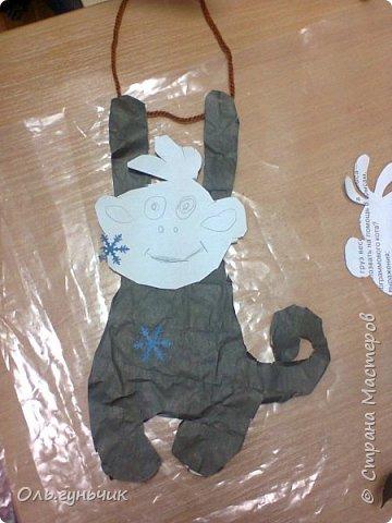 Продолжаю показывать работы своих учеников. Этих обезьянок делали первоклашки. Мордочки не успели разукрасить, доделают дома. Спасибо за них большое Маргарите! https://stranamasterov.ru/node/971555?c=favorite_a фото 6