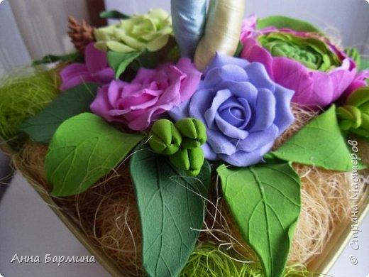 Работа выполнена на заказ. Все цветочки вылеплены моими руками. Высота 50 см.,ширина кроны 22 см. Фактуру листикам придавала с помощью самодельного молда. Фото с разных сторон. Приятного просмотра))) фото 4