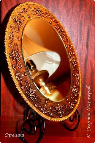 Добры день, всем! Попросила меня подружка сделать к зеркалу рамочку. Я выполнила её просьбу в известной технике пейп- арт! фото 1