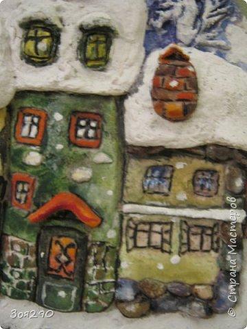 Зима снегами вьюжится С утра и дотемна. Снежинки вьются, кружатся  У нашего окна. фото 6