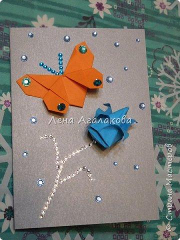 Сегодня с моей дочкой весь вечер делали открытки учителям, она увлекается оригами и поэтому решили использовать оригами фигурки в открытках, результат нам понравился! фото 9