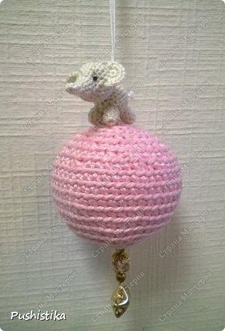Елочная игрушка Слоненок на шаре фото 2
