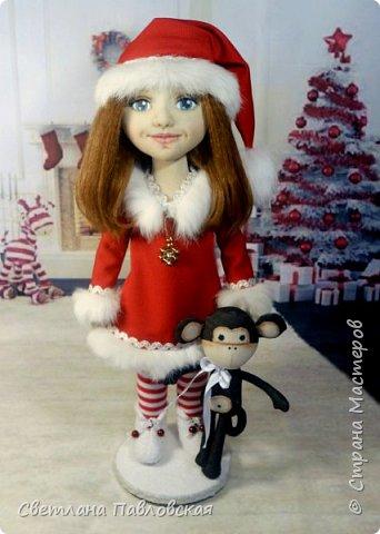 Мила со своей обезьянкой готова к Новому году!!! А вы? фото 1