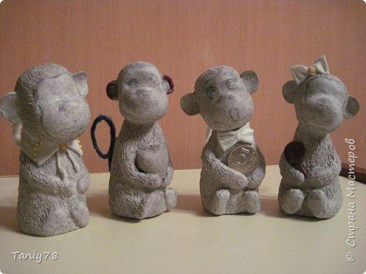 Здравствуйте,дорогие мастера и мастерицы!У меня появилась вторая(не последняя) семейка обезьянок,вполне себе таких упитанных,в отличии от предыдущих стройняшек :) http://imgsm.ru/img4/i2015/11/12/390083_img_1367.jpg  фото 2