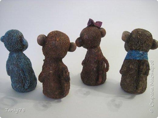 Здравствуйте,дорогие мастера и мастерицы!У меня появилась вторая(не последняя) семейка обезьянок,вполне себе таких упитанных,в отличии от предыдущих стройняшек :) http://imgsm.ru/img4/i2015/11/12/390083_img_1367.jpg  фото 4
