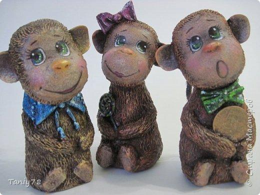 Здравствуйте,дорогие мастера и мастерицы!У меня появилась вторая(не последняя) семейка обезьянок,вполне себе таких упитанных,в отличии от предыдущих стройняшек :) http://imgsm.ru/img4/i2015/11/12/390083_img_1367.jpg  фото 10