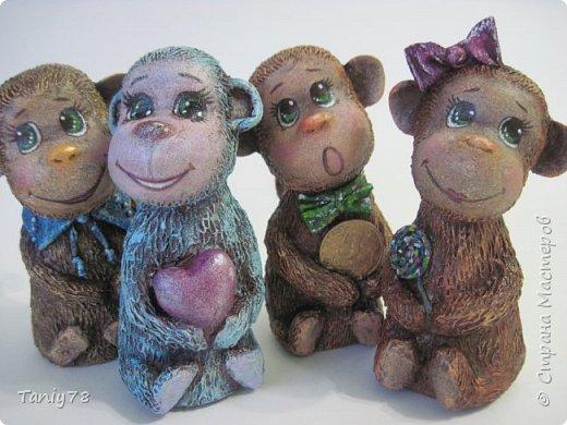 Здравствуйте,дорогие мастера и мастерицы!У меня появилась вторая(не последняя) семейка обезьянок,вполне себе таких упитанных,в отличии от предыдущих стройняшек :) http://imgsm.ru/img4/i2015/11/12/390083_img_1367.jpg  фото 11