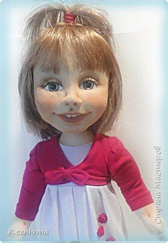 Сделала куклу по фото.Эта самая маленькая девочка,которую пробовала сделать.И так приятно было работать. дети-они, как ангелочки. Вот такая, она получилась. фото 2