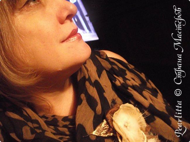 Материалы: Шёлк, атлас, капроном и... мех (лиса, сурок), декорирована перламутрово й пуговицей  и огранёнными  жемчужными бусинками. фото 7