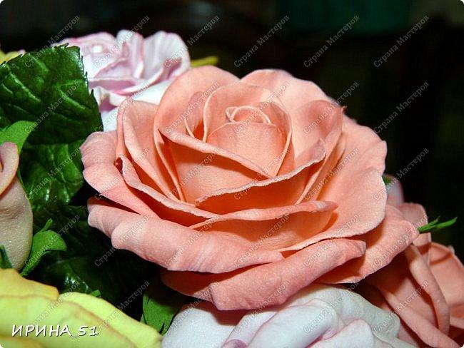 Здравствуйте! Всем очень рада! На сегодня у меня несколько работ. Начну с самой объемной, это букет роз.  фото 12