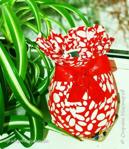"""ДОБРЫЙ ДЕНЬ МОИ ДОРОГИЕ!  сегодня я к вам новыми поделками , полюбила технику """" грунтовый текстиль """" вот и  сделала вазочку , получилась  вазочка с бантиком фото 2"""