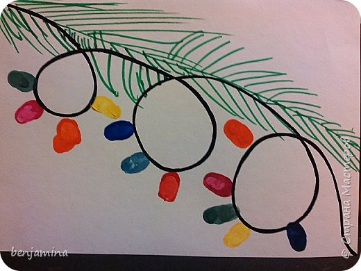 Веточка еловая. Милана нарисовала ее фломастерами. Фонарики-отпечаток большого пальца руки. Вот такая гирлянда на еловой веточки. фото 1