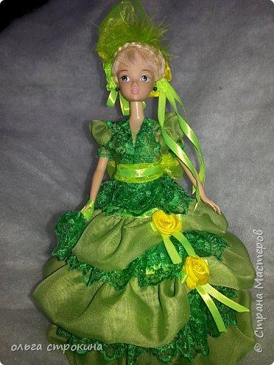 С хорошим настроением  и по просьбе  новой хозяйки  куклы, появилась эта куколка-елочка фото 1
