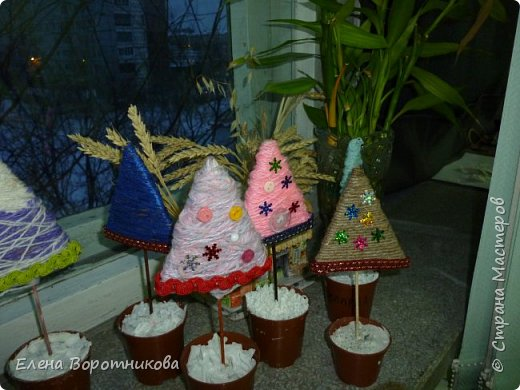 Мы готовимся к Новому году. Решили сделать ёлочки, использовали МК  Irina-Toshka Klimova. https://stranamasterov.ru/node/968066?c=favorite За что большое спасибо. фото 8