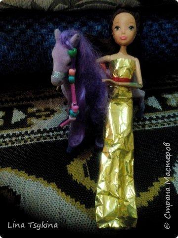 """Привет! Это моя работа на конкурс """" Новогоднее чудо """". Знакомтесь - это моя кукла Ирина ( в золотистом платье) и её подруга Софина. фото 4"""