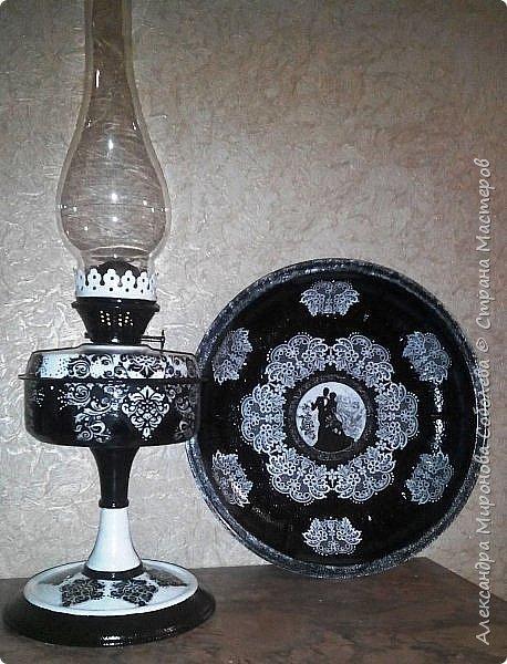Здравствуйте Мастера и Мастерицы!  Ну вот, как и обещала - моя лампа и тарелка... Уж очень мне нравится черно-белое... даже остановиться не могу... фото 1