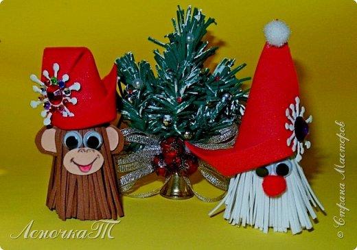 Новый год стучится к нам! В год мартышек-обезьян! Приходите веселиться! Всё вокруг горит, искрится! В хороводах детвора, Лихо кружится. Ура! (Автор ЛеночкаТ)   фото 14