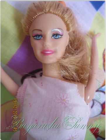 """Привет! """" От лица куклы"""" Меня зовут Ли, и я сдаю работу на конеурс """"Шитье странная штука"""" 3 этап- Вечер у камина. Я хочу показать вам как зимними вечерами провожу времч) фото 2"""