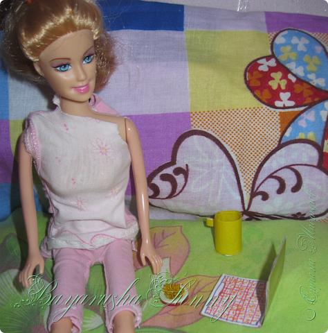 """Привет! """" От лица куклы"""" Меня зовут Ли, и я сдаю работу на конеурс """"Шитье странная штука"""" 3 этап- Вечер у камина. Я хочу показать вам как зимними вечерами провожу времч) фото 4"""