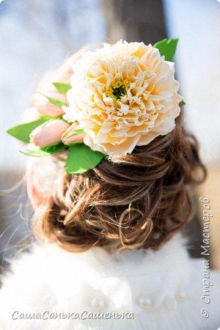 """Вот моя рассекреченная хотелка с конкурса """"Порадуем себя любимых!"""". В этой работе сошлись сразу два моих давних желания 1. научиться делать достоиные реалистичные цветы из фома, 2. сделать комплект свадебных украшений. Для первого раза - не плохо получилось! И сразу же нашлась невеста для этой работы).  фото 2"""