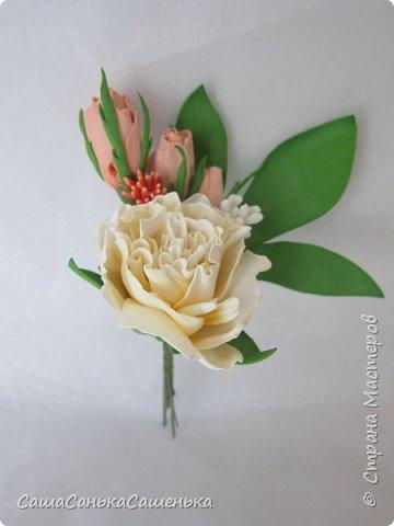 """Вот моя рассекреченная хотелка с конкурса """"Порадуем себя любимых!"""". В этой работе сошлись сразу два моих давних желания 1. научиться делать достоиные реалистичные цветы из фома, 2. сделать комплект свадебных украшений. Для первого раза - не плохо получилось! И сразу же нашлась невеста для этой работы).  фото 7"""